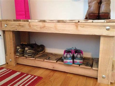 building a shoe rack bench diy pallet entryway bench and shoe rack 101 pallets