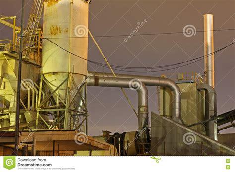 fabbrica camini camini della fabbrica fotografia stock immagine 76141418