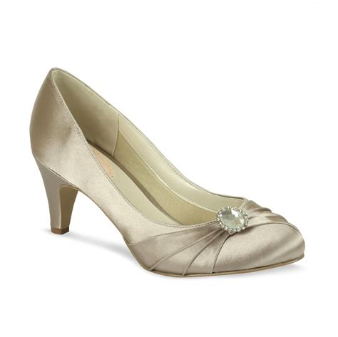 Wedding Shoes Dyed by Taupe Wedding Shoes Shoe Dyeing Service Rainbow Club