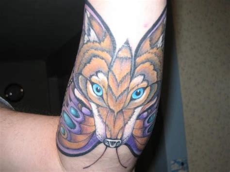 tattoo lupus butterfly lupus tattoo the wolf the butterfly tattoos