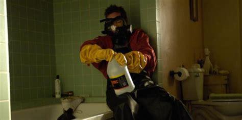 Breaking Bad Acid Bathtub by The Tv Critic Org Breaking Bad Season 1 Episode 2 Cat