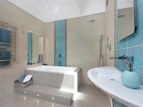 duschvorhang für dachschräge badewannen idee alt