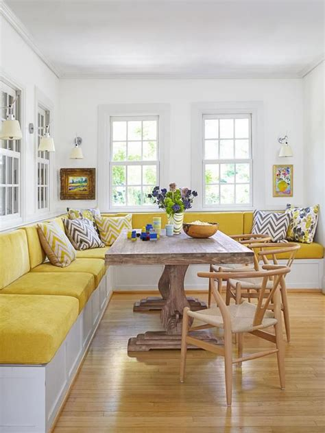 kitchen banquette ideas 25 best ideas about dining room banquette on