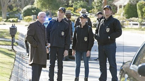 will ncis be renewed for 2016 2017 upcoming 2015 2016 ncis renewed for seasons 14 and 15 on cbs with mark