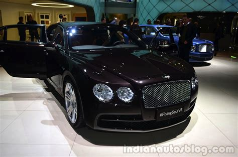 hovering bentley bentley flying spur v8 image 81