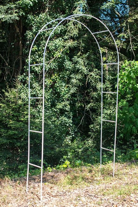 Metal Wedding Arch Uk by 17 Best Ideas About Metal Wedding Arch On