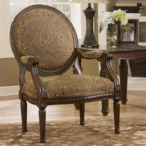 cambridge amber traditional exposed wood accent chair  signature design  ashley nassau