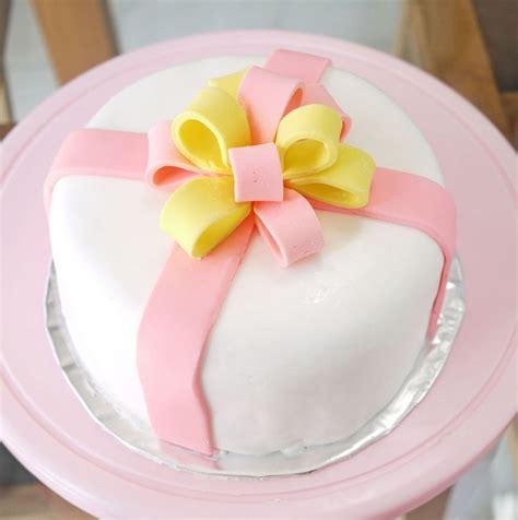 membuat hiasan kue dari fondant mau tahu cara mudah menghias kue ulang tahun dengan