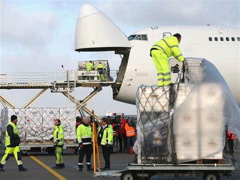 boeing     dead find  life  air cargo
