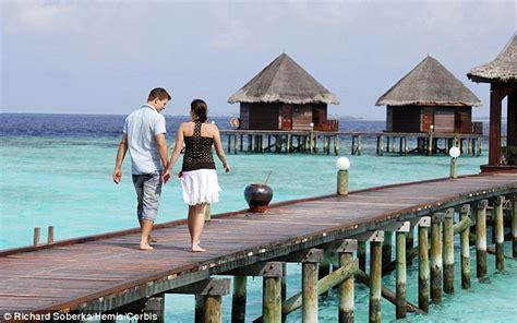 top 10 wedding destinations uk top 10 honeymoon destinations and weddings revealed