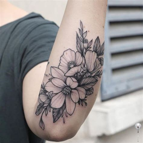 magnolia tattoo meaning magnolia flower meaning best tattoos