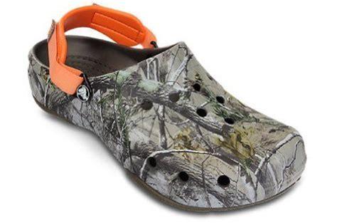 ace boating crocs navy white crocs realtree blaze orange ace boating clog shoe mens 7