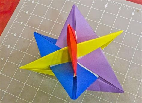 Top 10 Origami Models - math craft monday community submissions plus how to make