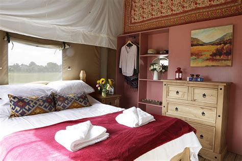 tent bathroom a family are wowed by a three bedroom tent with a bathroom