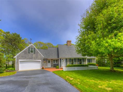 classic waterfront cape near beaches falmouth ma single
