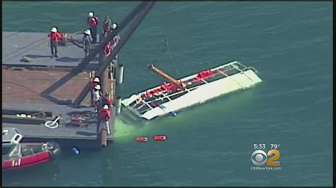 duck boat sank youtube capsized duck boat raised from bottom of lake youtube
