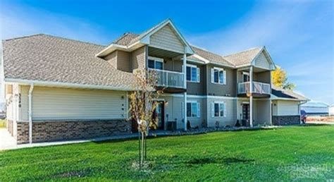 St Apartments Grand Forks Nd Desoto Town Homes Grand Forks Nd Apartment Finder
