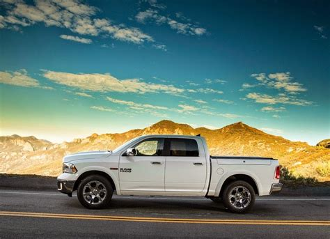 Ram Car Wallpaper Hd by Ram 1500 2014 Car Wallpaper Car Wallpaper Hd