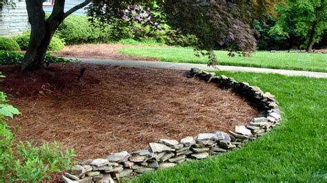 how to choose mulch for your yard today s homeowner