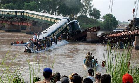 Kereta Ayun 19 die as carrying army falls into canal near