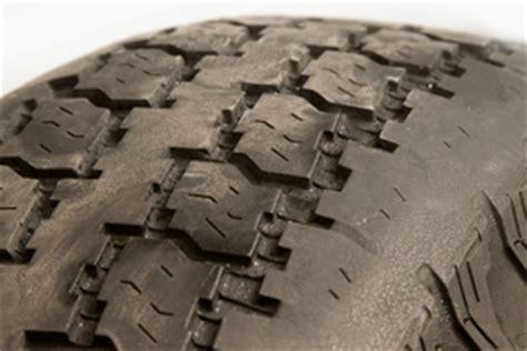 reading tire wear patterns