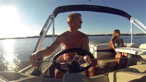 boat dealers 43 best bennington pontoon boat videos images on pinterest
