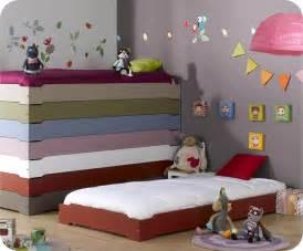 lit enfant empilable basque 90x190 cm avec sommier