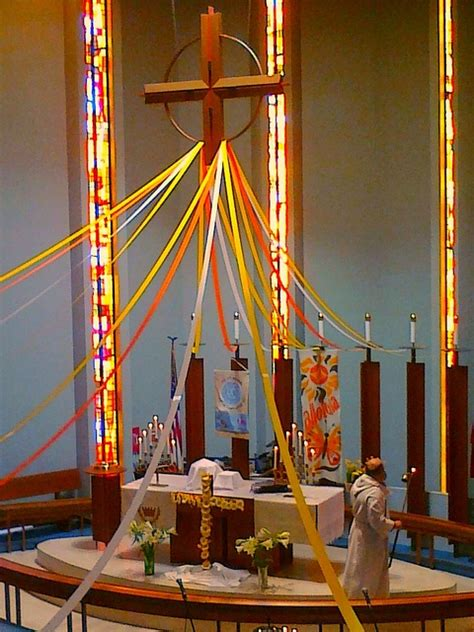 easter sunday service decorations 1000 images about pentecost on pinterest holy spirit banners and fire
