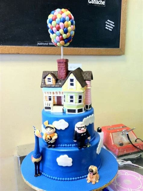 25 best ideas about disney up cake on carl fredricksen up carl and ellie and