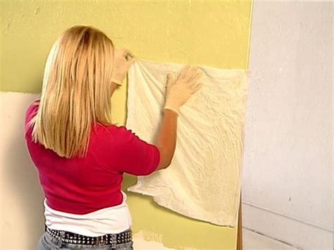 How To Make Crinkle Paper - decorative paint technique crinkle paper painting how
