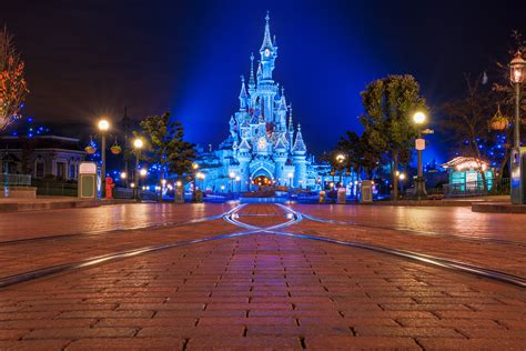 ground christmas lights disneyland 2016 trip planning guide disney tourist