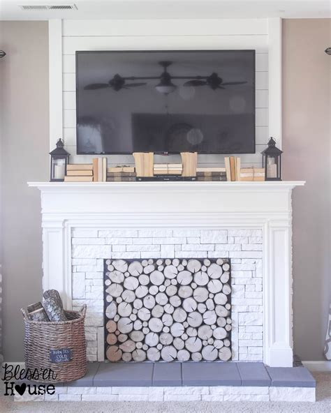 How To Make In A Fireplace by Remodelaholic How To Build A Faux Fireplace And Mantel