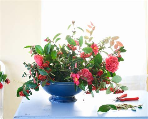 diy fresh flower arrangements from tulipina
