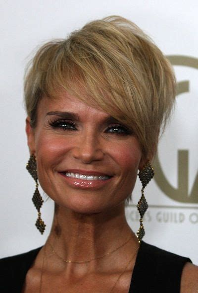 kristin chenoweth short hairstyle with hairstyles hair pin by bojana dikic on hairstyles pinterest