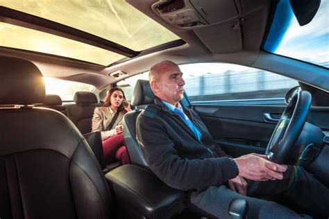 car service driver distracted driving awareness month professional car