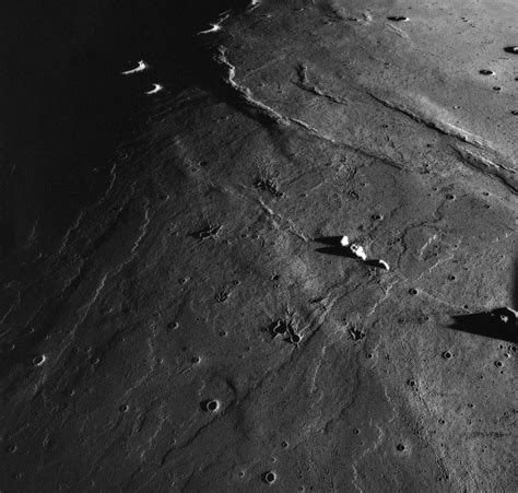 Moon Rabit E Liquid By Hero57 yutu peers inside the moon daily planet air space