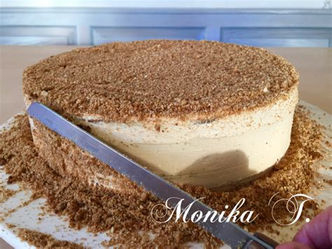 russischer kuchen mit kondensmilch russische honigkuchen medovnik monika triebenbacher