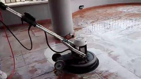 monospazzola per pavimenti pulizie appartamenti roma lavaggio pavimenti esterni con
