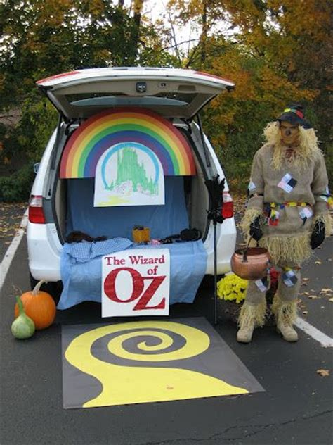 halloween tailgate themes 33 best wizard of oz trunk or treat ideas images on pinterest