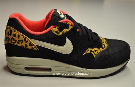 Airmax One Leopard nike wmns air max 1 black leopard sneakernews