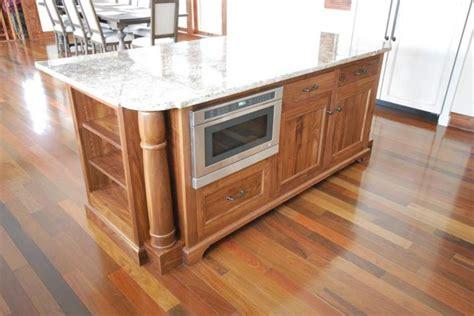 54 quot lyn design kitchen island isl07 blk hardware black walnut island with turned columns