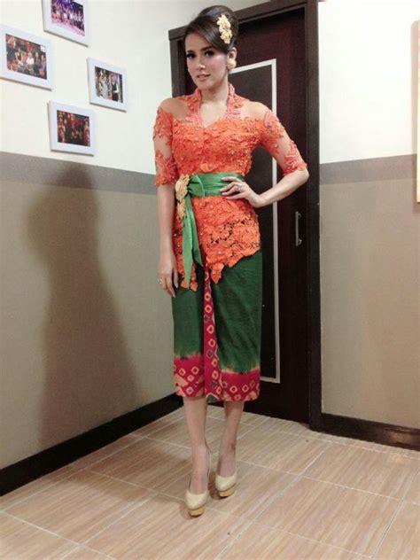 Kebaya Pengantin Cantik Payet Mgb kebaya cantik newhairstylesformen2014