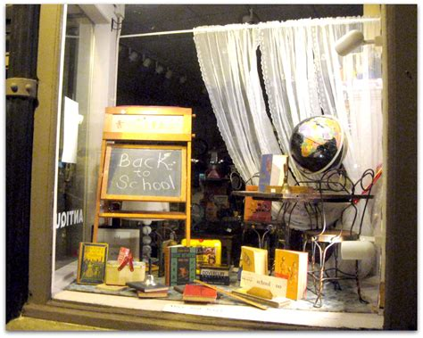 store display themes all that s vintage window displays