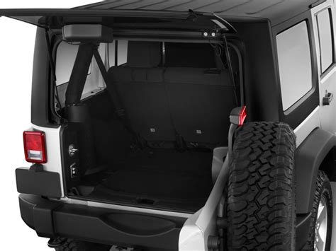 Jeep Wrangler Unlimited Trunk 2011 Jeep Wrangler Unlimited Pictures Photos Gallery