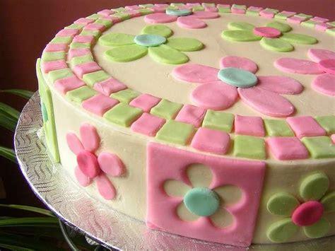 torte pasta di zucchero con fiori torta con i fiori pourfemme