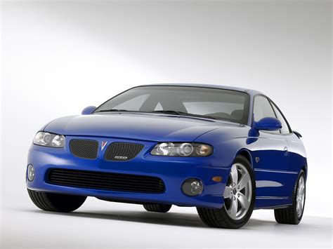 pontiac sports car pontiac gto sports car wallpapers by cars wallpapers net