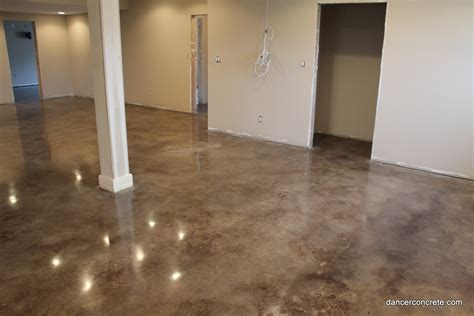 how to properly stain a concrete floor