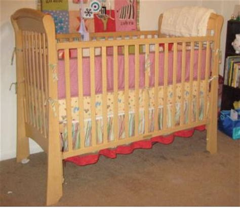 Crib Bars by Delta Martine Sleigh Crib Stabilizer Bar