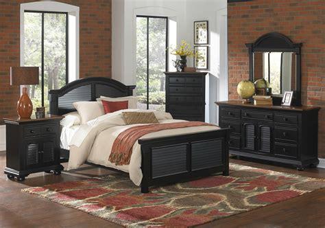 Distressed Bedroom Sets Cottage Traditions Distressed Black Coastal Bedroom