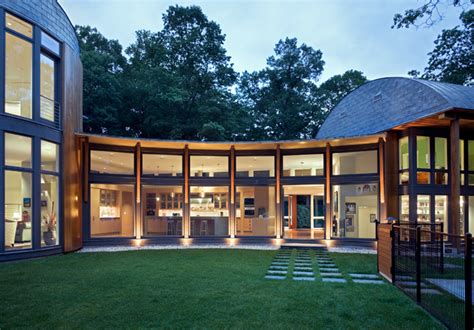 7 ways to determine a home s architectural style huffpost house hunting 7 homes with award winning architecture